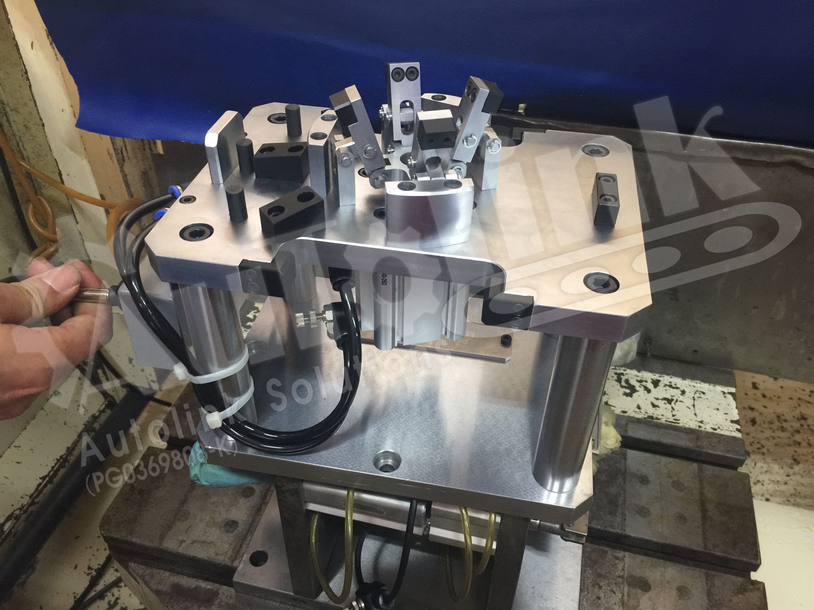 Machining Jigs And Fixtures : Jig fixture automation autolink solution engineering